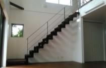 広い空間を作るには、気密・断熱の高い家が良いのです!!