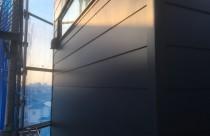 外壁:ガルバリウム鋼板